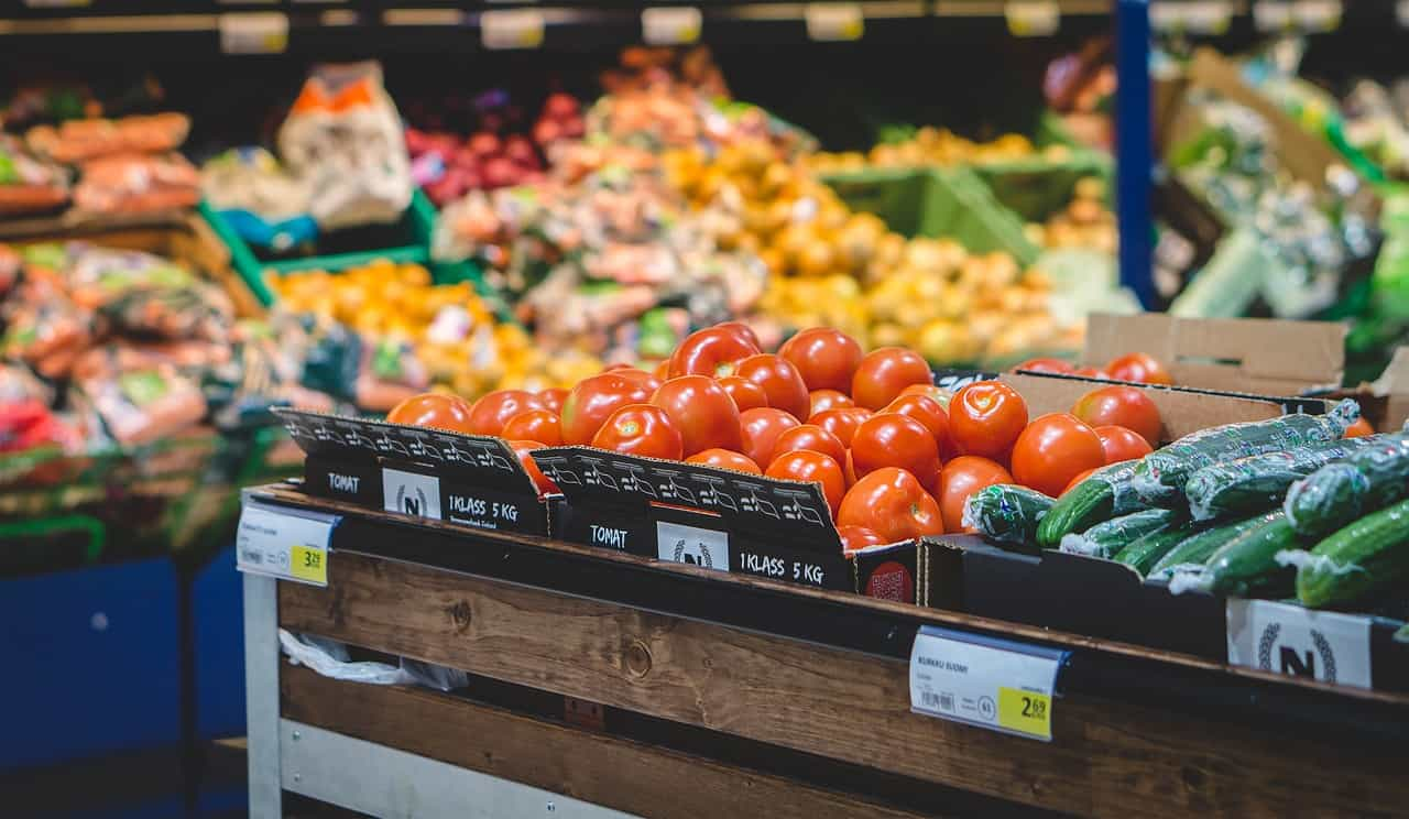 The Ultimate Guide For How To Save On Groceries